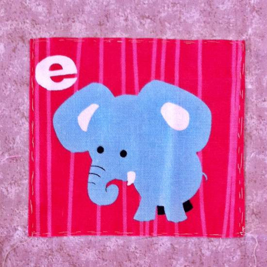 elephant1 12 inch quilt